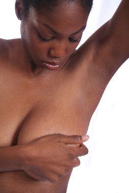 Prickly heat between breasts